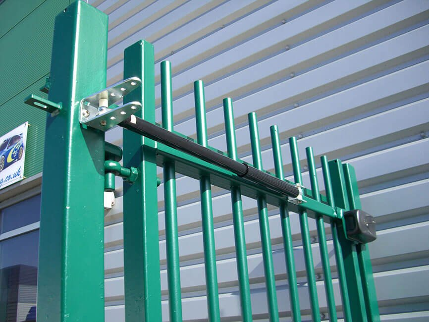 Lockey GC200 gate closer